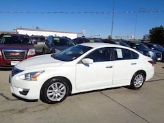 Used 2014 Nissan Altima 2.5 S Sedan for sale in South Sioux City