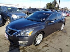 Used 2013 Nissan Altima 2.5 SL Sedan for sale in South Sioux City