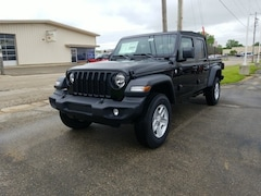 New Chrysler Dodge Jeep Ram models 2020 Jeep Gladiator SPORT S 4X4 Crew Cab for sale in Monroe, WI near Madison