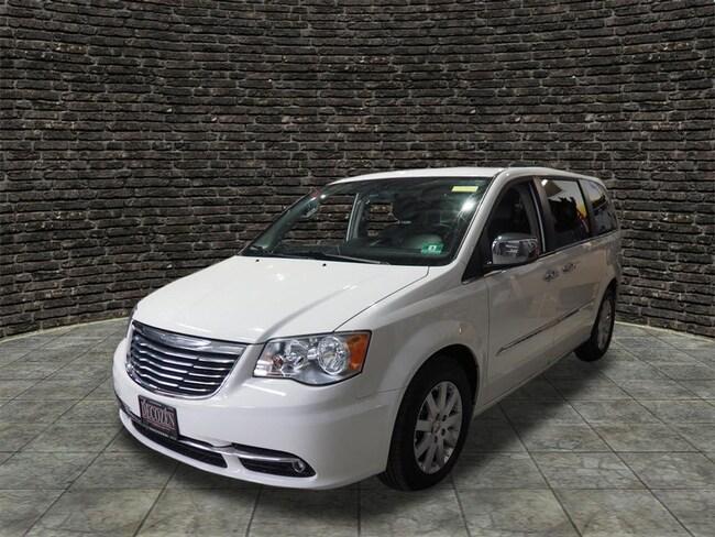 2012 Chrysler Town & Country Touring-L Touring-L  Mini-Van