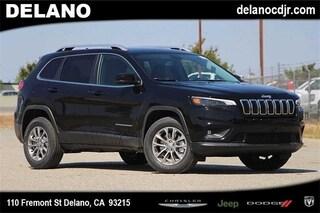 New 2019 Jeep Cherokee LATITUDE PLUS 4X4 Sport Utility in Delano CA