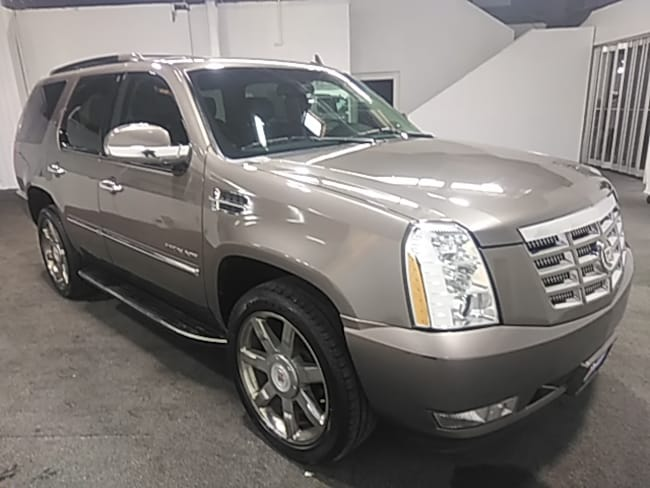 Used 2012 CADILLAC Escalade Luxury AWD SUV In Fort Collins