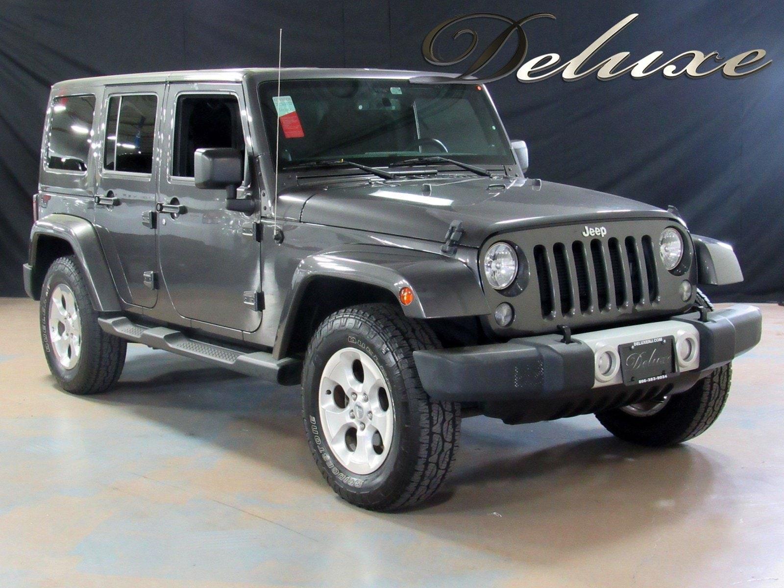 2014 Jeep Wrangler Unlimited Sahara 4WD,