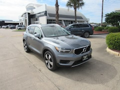 New 2019 Volvo XC40 Momentum SUV V73951 for sale in Houston, TX