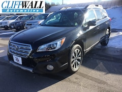 Used 2016 Subaru Outback 2.5i Limited SUV in Green Bay, WI