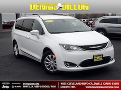 2018 Chrysler Pacifica TOURING L Van in Caldwell