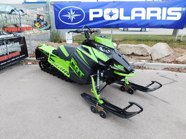 2018 Arctic CAT M8000 Snow Mobile
