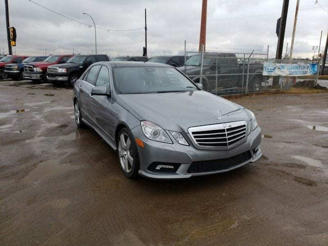 2011 Mercedes-Benz E-Class 3.5L AWD Leather Sunroof Heated Seats Pano Roof! Sedan