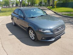 2009 Audi A4 2.0T Premium AWD LOW KMs Sedan