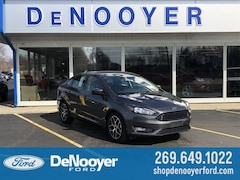 New 2018 Ford Focus SE Sedan in Vicksburg, MI