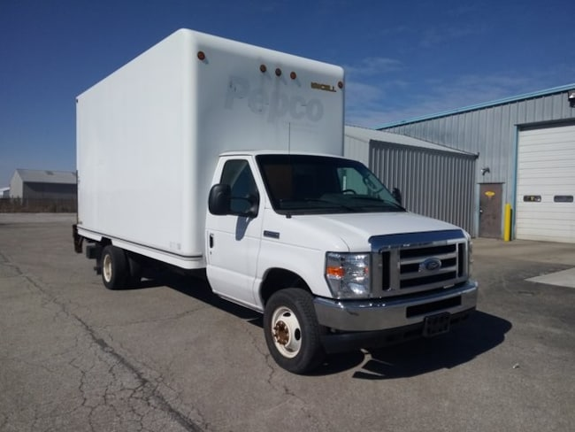 2013 Ford E-450SD Base Cab/Chassis
