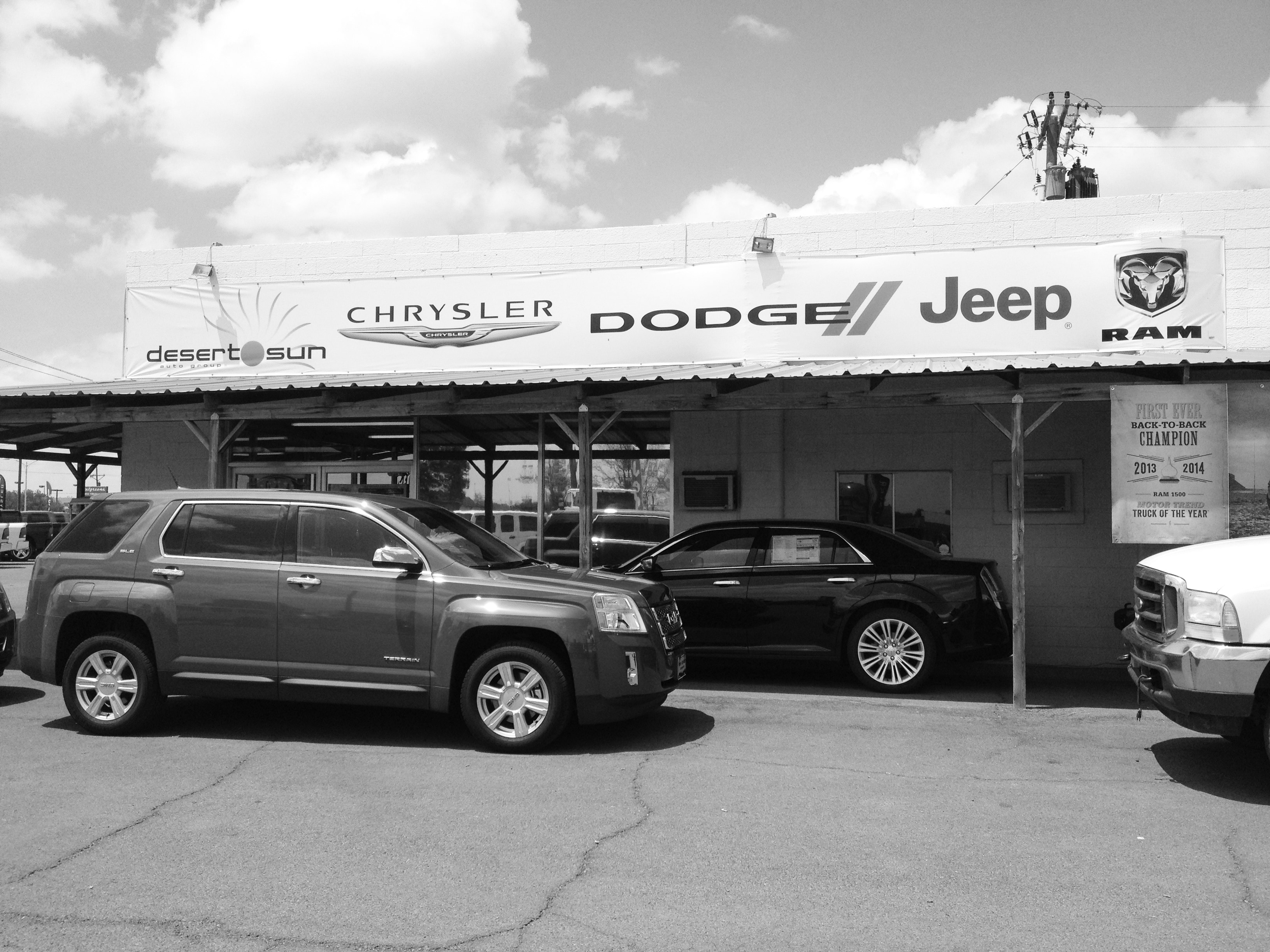 Desert Sun Gmc Roswell >> About Desert Sun In Roswell Nm New Used Chrysler Dodge Jeep Ram