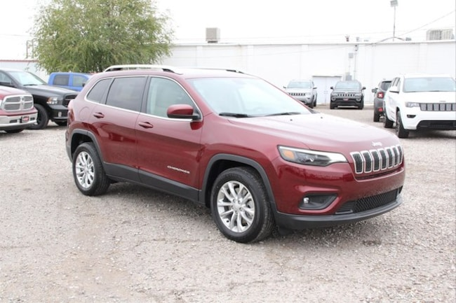 New 2019 Jeep Cherokee LATITUDE FWD Sport Utility in Roswell, NM