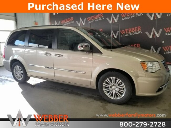 Used 2015 Chrysler Town & Country Touring-L Van Near Fargo