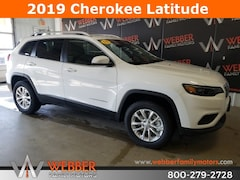 New Chrysler Dodge Jeep Ram models 2019 Jeep Cherokee LATITUDE 4X4 Sport Utility 1C4PJMCB2KD395097 for sale in Detroit Lakes, MN