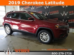 New Chrysler Dodge Jeep Ram models 2019 Jeep Cherokee LATITUDE 4X4 Sport Utility 1C4PJMCX4KD382864 for sale in Detroit Lakes, MN