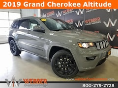 New Chrysler Dodge Jeep Ram models 2019 Jeep Grand Cherokee ALTITUDE 4X4 Sport Utility 1C4RJFAGXKC628880 for sale in Detroit Lakes, MN
