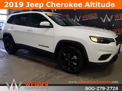 New Chrysler Dodge Jeep Ram models 2019 Jeep Cherokee ALTITUDE 4X4 Sport Utility 1C4PJMLN4KD336689 for sale in Detroit Lakes, MN