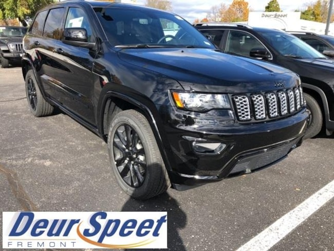 New 2019 Jeep Grand Cherokee ALTITUDE 4X4 Sport Utility for sale or lease in Fremont, MI