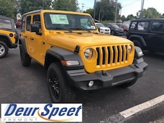 New Chrysler Dodge Jeep Ram 2018 Jeep Wrangler UNLIMITED SPORT 4X4 Sport Utility for sale in Fremont, MI