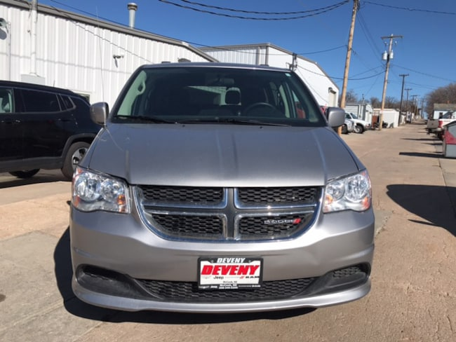 2015 Dodge Grand Caravan Wheelchair accessible SXT Van