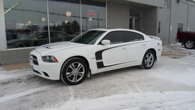 Used 2014 Dodge Charger R/T Sedan for sale in Devils Lake, ND