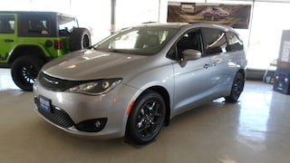 New 2019 Chrysler Pacifica for sale in Devils Lake, ND