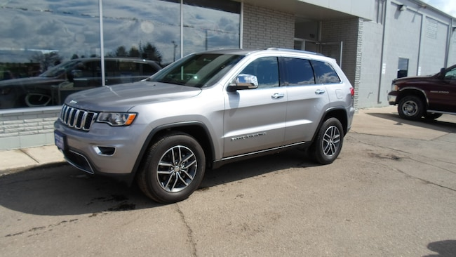 Used 2018 Jeep Grand Cherokee Limited 4x4 SUV for sale in Devils Lake, ND
