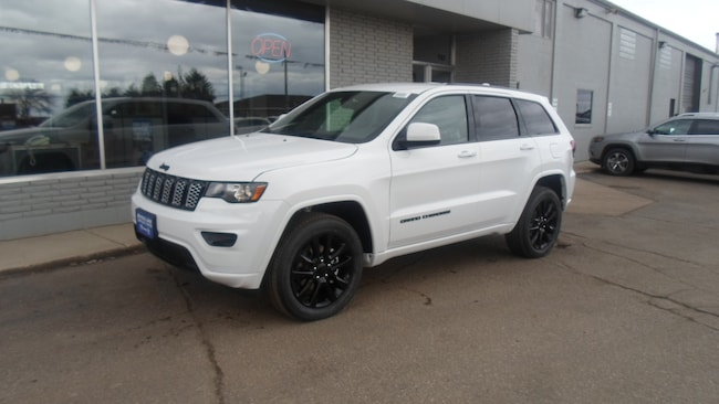 New 2019 Jeep Grand Cherokee ALTITUDE 4X4 Sport Utility for sale in Devils Lake, ND