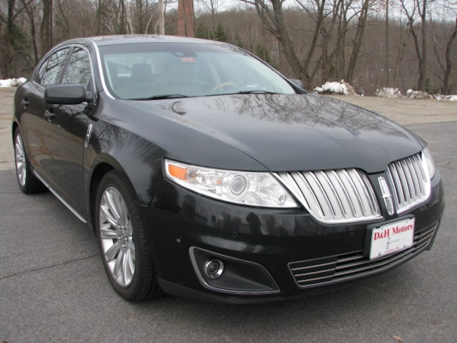 2011 Lincoln MKS EcoBoost Sedan