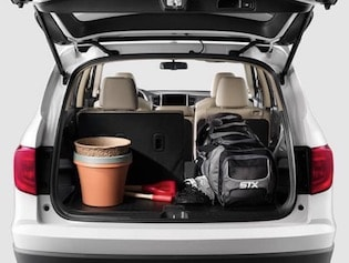 Cargo space in the 2018 Honda Pilot