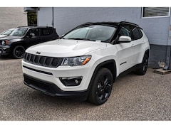 New Chrysler Jeep 2019 Jeep Compass ALTITUDE 4X4 Sport Utility 3C4NJDBB5KT697664 in El Paso, TX