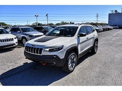New 2019 Jeep Cherokee TRAILHAWK 4X4 Sport Utility 1C4PJMBN5KD452405 26335 for sale in El Paso