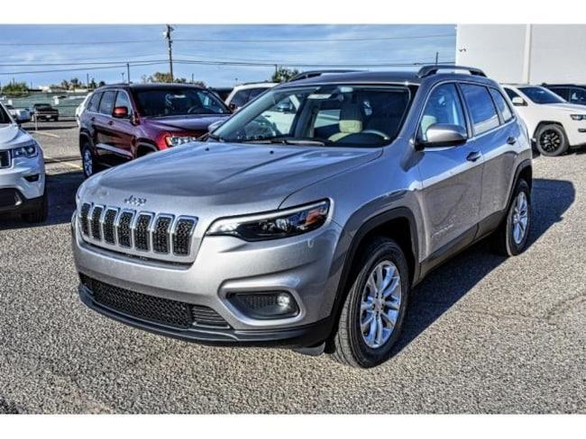New 2019 Jeep Cherokee LATITUDE 4X4 Sport Utility in El Paso