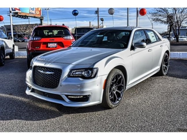 New 2019 Chrysler 300 S Sedan in El Paso