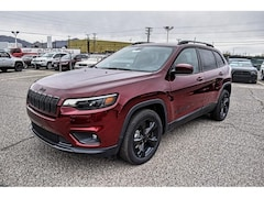 New 2019 Jeep Cherokee ALTITUDE FWD Sport Utility 1C4PJLLXXKD383897 26110 for sale in El Paso