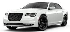 New 2019 Chrysler 300 S Sedan 2C3CCABG4KH648349 26334 serving Las Cruces NM