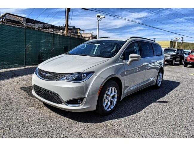 New 2019 Chrysler Pacifica TOURING PLUS Passenger Van in El Paso