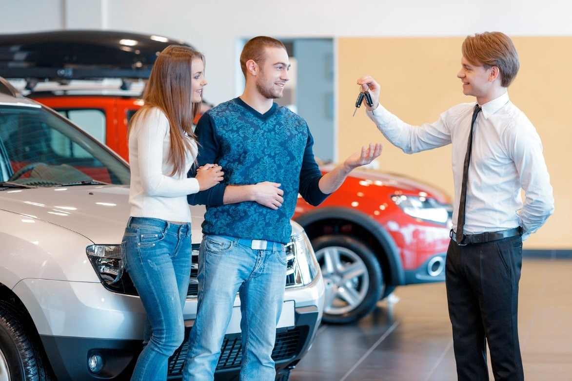 shopping at used cars dealerships