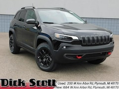 New 2019 Jeep Cherokee TRAILHAWK 4X4 Sport Utility for sale in Plymouth MI
