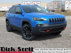 New 2019 Jeep Cherokee TRAILHAWK 4X4 Sport Utility for sale at Dick Scott Automotive Group