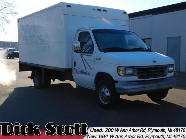 1995 Ford E-350SD Box Truck Cab/Chassis