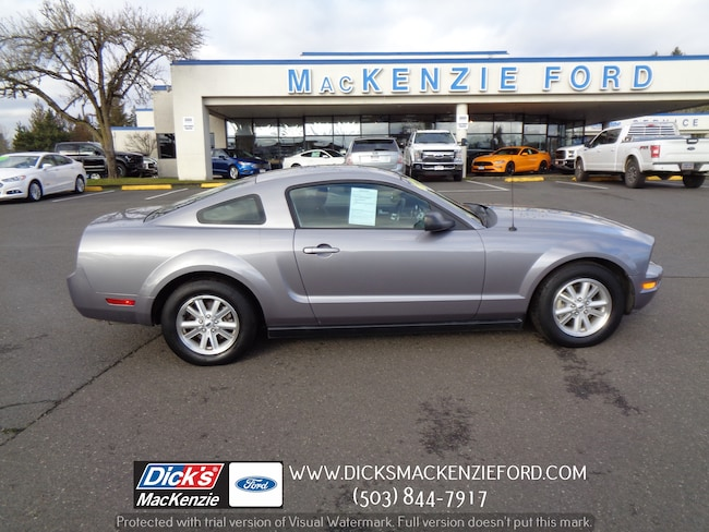 2006 Ford Mustang Deluxe Coupe
