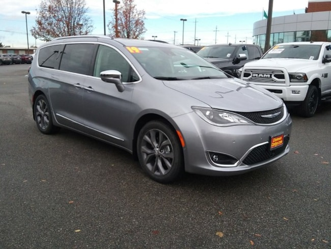 New 2019 Chrysler Pacifica LIMITED Passenger Van Spokane