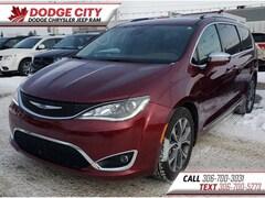 2017 Chrysler Pacifica Limited | DVD, Htd.Leather, Bup Cam Van Passenger Van