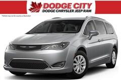 2019 Chrysler Pacifica Touring-L | FWD Van Passenger Van