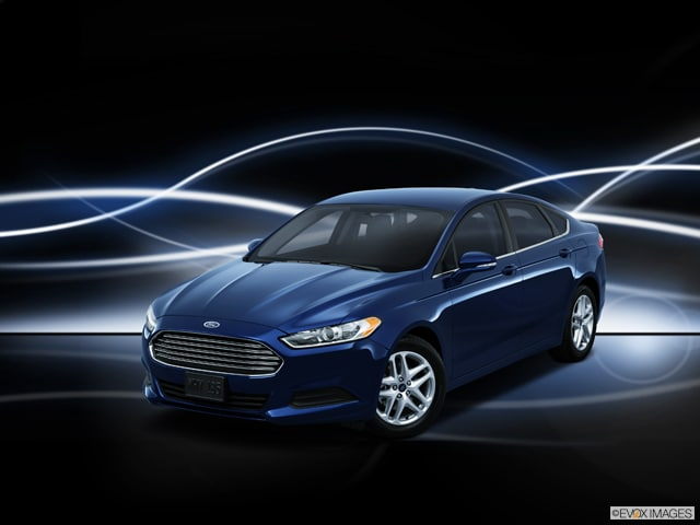 Exterior View Of 2015 Ford Fusion in Tulsa