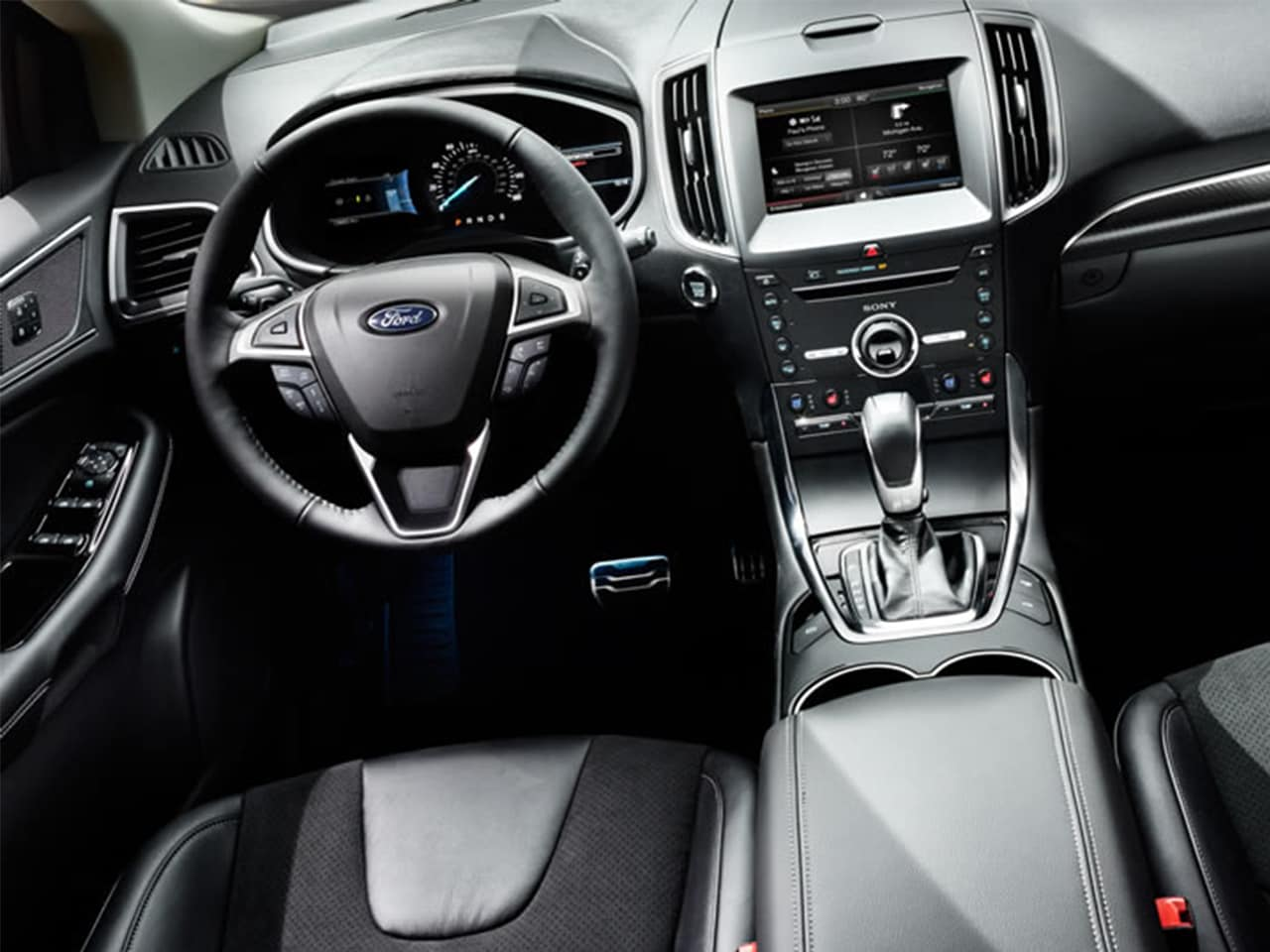 Interior View Of 2015 Ford Edge In Tulsa