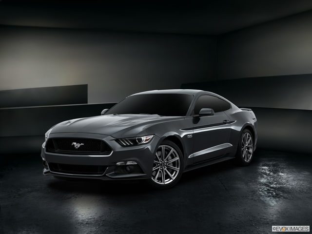 Exterior View Of 2015 Ford Mustang in Tulsa