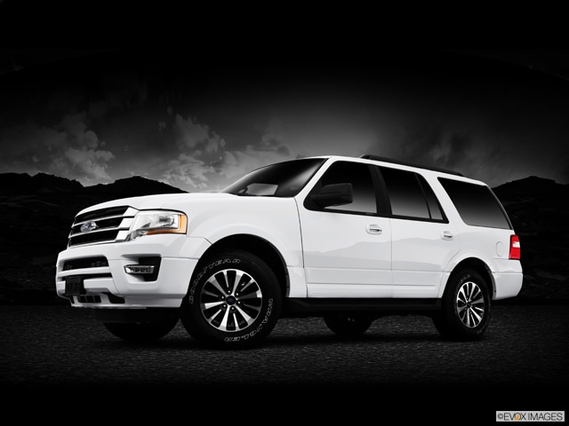Exterior View Of 2015 Ford Expedition in Tulsa